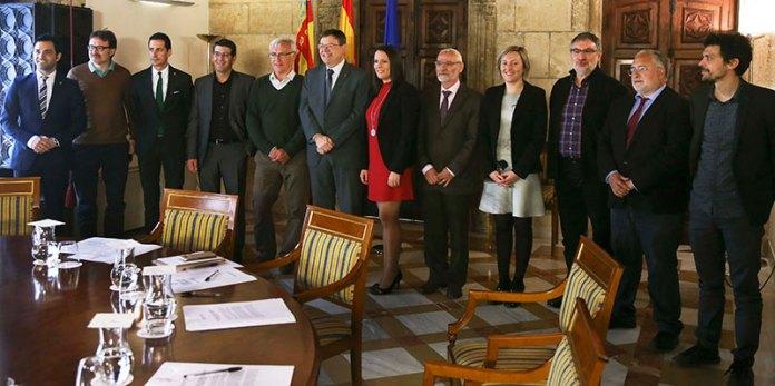 Instante de la reunión de alcaldes del área metropolitana