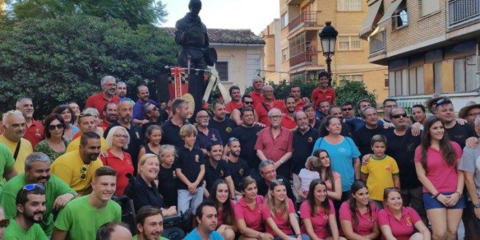 Foto de familia del acto Tiradores en la Memoria