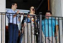 Raquel Cantarero, Reina de las Fiestas, junto al alcalde, Juan Antonio Sagredo y el actor Ferrán Gadea