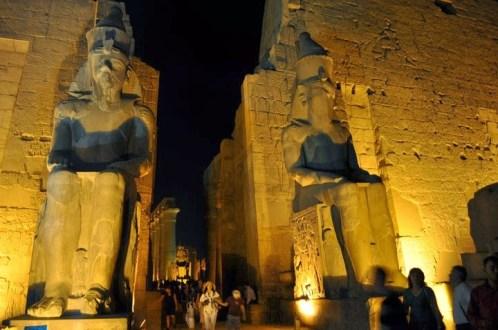 Храмът на Амон - Ра край Луксор.