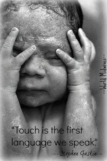 bebe toucher