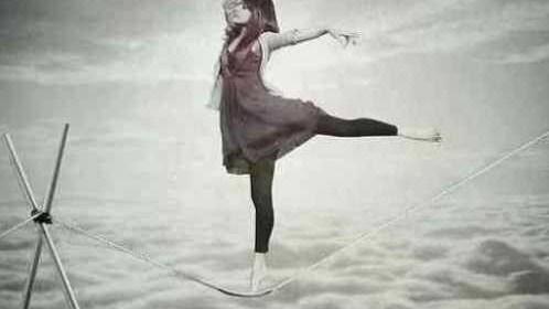 Astro Maya,l'équilibre,tendre la main