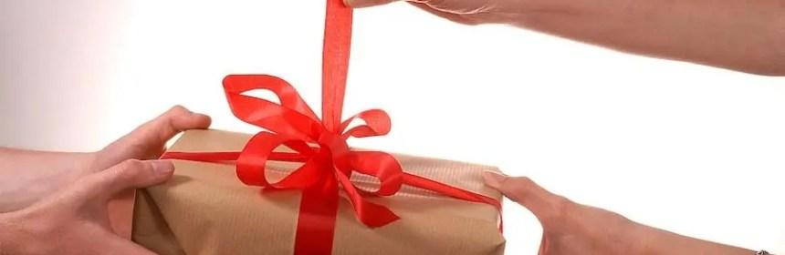 ouvrir des cadeaux