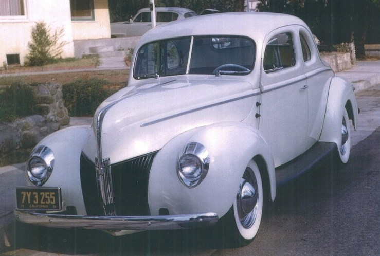 """Maurice """"Topper"""" Chasse's '40 Standard coupe"""