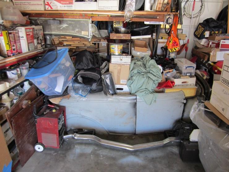 Jim Hayworth's garage with Deuce body