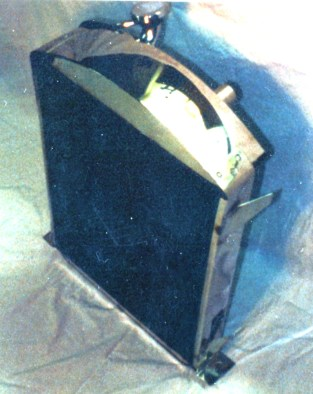 Ken Mahan's '32 3-window coupe air conditioner