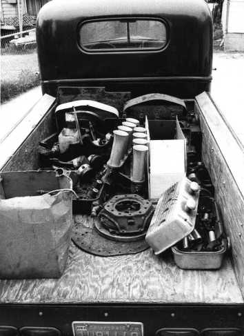 Pat Ganahl's Low-Buck Special engine parts