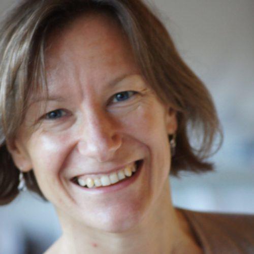 Marta Bockowska_Azul profesora de danza consciente (1)