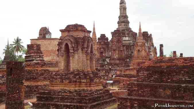 Many of the stupas of Wat Mahathat.