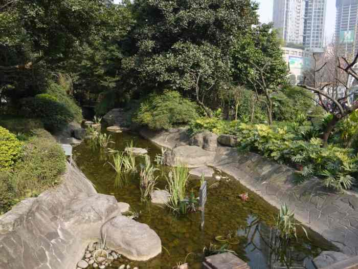 Completely artificial stream looping the park.