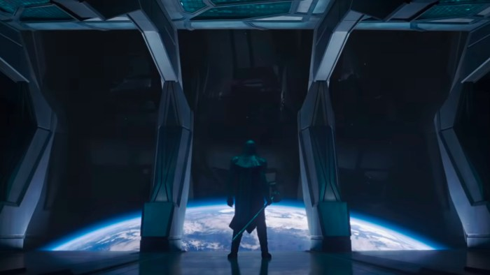 Ronan the Accuser overlooks a planet about to be bombed to oblivion by the Kree Accuser Corps.