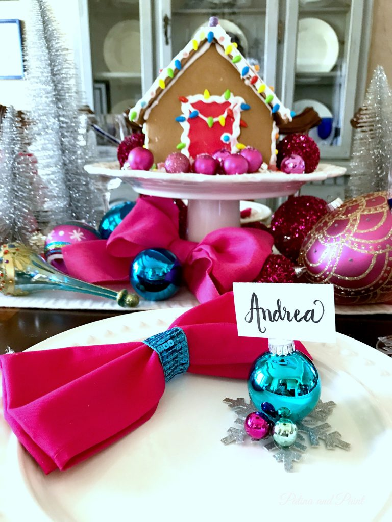 How to Make a Christmas Place Card Holder