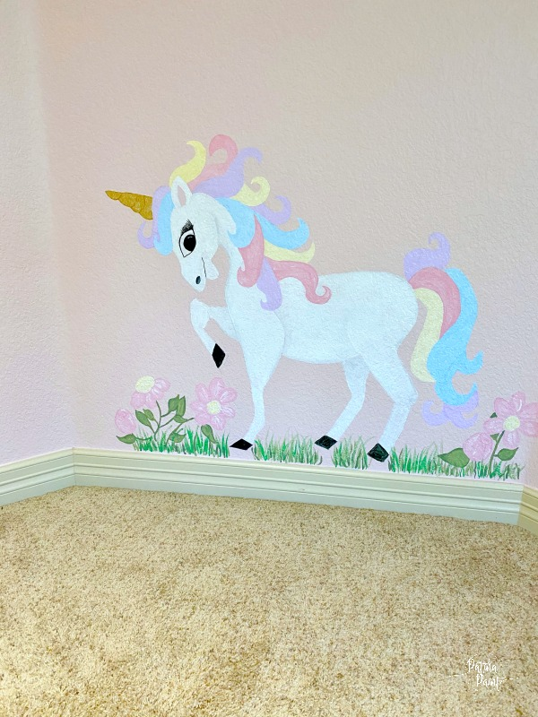 mural of unicorn