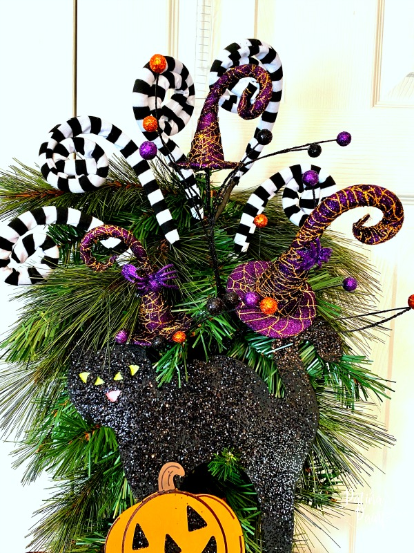 witch hat floral pick