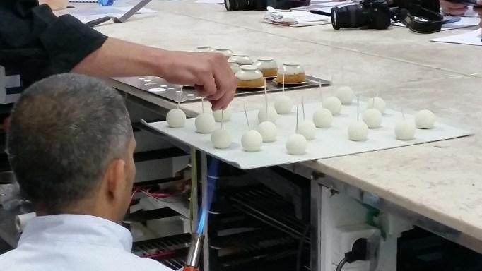 שימוש בטכניקות מורכבות פאייר וכבירי בפעולה
