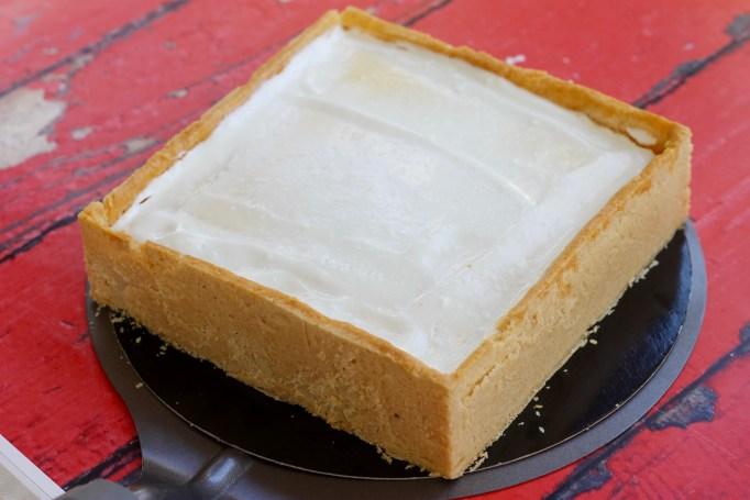המלכה הלבנה - עוגת גבינה ופרג