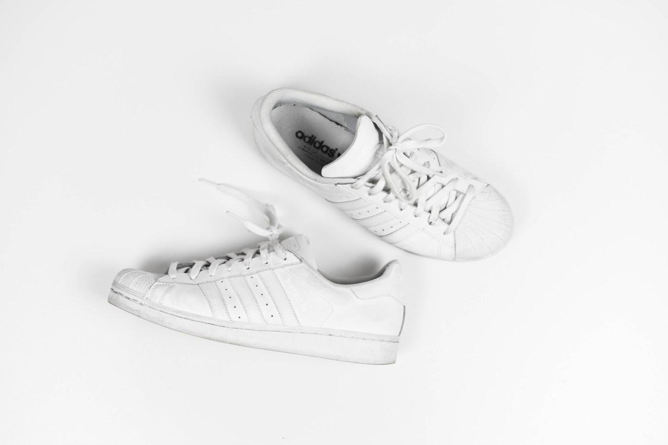 adidas superstars white