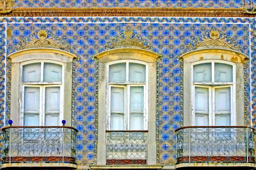 Tile & Balconies Tavira