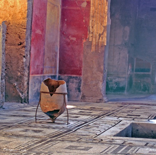 Pompeii Cask