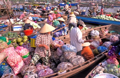 vietnam floating market color