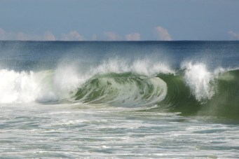 wave curl and cloudline