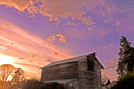 Sunset and Barn, Talent,OR