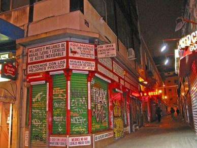 madrid alleyway