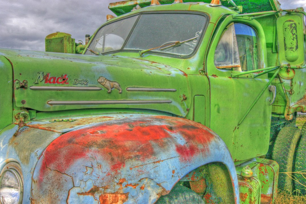 truck talent mack windshield and sky hdr