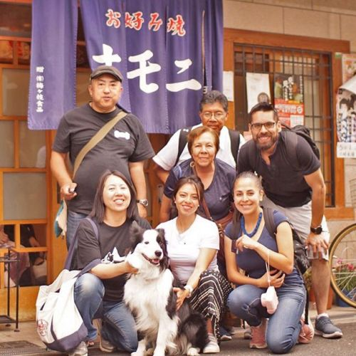 メキシコのパクチーのそっくり犬ロルのファミリーが日本旅行にやって来たので会いに行って来ました!桃谷ステイだったので、大阪の味オモニでお昼こはん。パクチーはいっぱい可愛がってもらっちゃったよ!@rol_mimo_thecollies @aleeegom #ボーダーコリー好きはそれだけで友達なれる