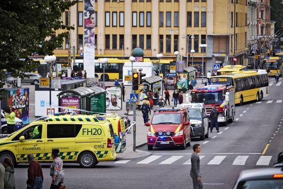 Pessoas são esfaqueadas no meio da rua em Tukur, na Finlândia