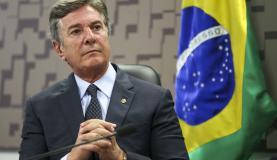 Brasília - O senador Fernando Collor durante audiência pública na Comissão de Relações Exteriores e Defesa Nacional, do Senado, para debater questões ligadas à soberania nacional e aos projetos estratégicos do