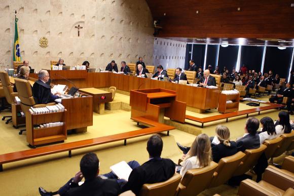 Supremo retoma julgamento sobre ensino religioso nas escolas públicas