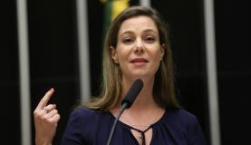 Brasília - A presidente do Todos pela Educação, Priscila Cruz, participa de sessão solene da Câmara dos Deputados pela educação pública de qualidade (Fabio Rodrigues Pozzebom/Agência Brasil)