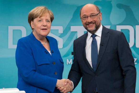 A chanceler alemã Angela Merkel e seu concorrente Martin Schulz participaram de um debate ao vivo antes das eleições que ocorrem em 24 de setembro na Alemanha