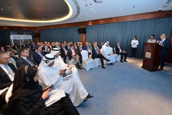O presidente da CNI, Robson Andrade, fala a empresários árabes sobre oportunidades de negócio no Brasil