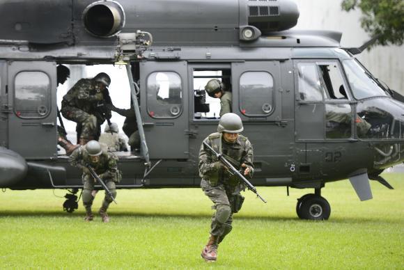 Rio de Janeiro - Forças Armadas fazem treinamento com tropas militares para as Olimpíadas Rio 2016 (Tomaz Silva/Agência Brasil)