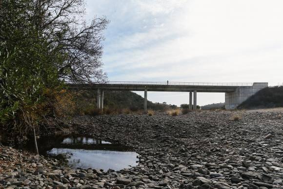 Leito da ribeira do Vascão seco devido à seca que se faz sentir no nordeste Algarvio, Alcoutim, 24 de novembro de 2017. ( ACOMPANHA TEXTO DE 27/11/2017) LUÍS FORRA/LUSA
