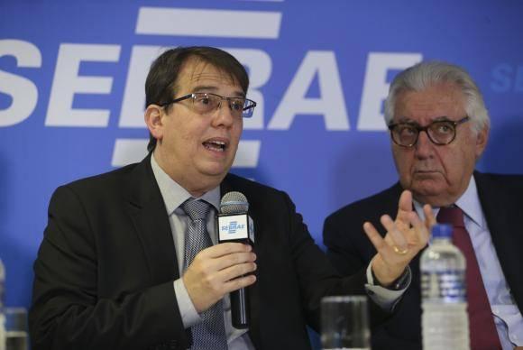 Brasília - O diretor de Áreas de Operações do BNDES, Ricardo Ramos,fala na cerimônia de assinatura de acordo entre o BNDES e o Sebrae (José Cruz/Agência Brasil)