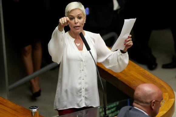 Brasília - Cristiane Brasil dá sua mensagem na sessão plenária para eleição do novo presidente da Câmara dos Deputados (Wilson Dias/Agência Brasil)