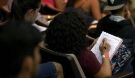 Brasília - Aulão Solidário no Teatro Ulysses Guimarães revisa conteúdo para estudantes que fazem provas do Enem neste fim de semana (Wilson Dias/Agência Brasil)