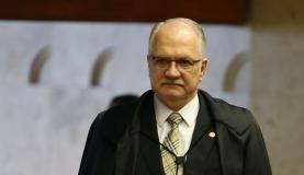 Brasília - Ministro do STF, Edson Fachin, durante julgamento sobre suspensão da denúncia do ex-PGR Rodrigo Janot contra Temer e integrantes do PMDB (José Cruz/Agência Brasil)