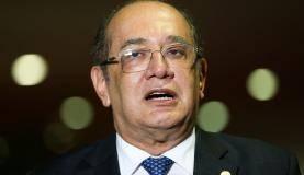 Brasília - O presidente do TSE, Gilmar Mendes, durante entrevista coletiva após a abertura do 1 Seminário Internet e Eleições, organizado pelo Tribunal Superior Eleitoral (TSE) em parceria com o Ministério de C
