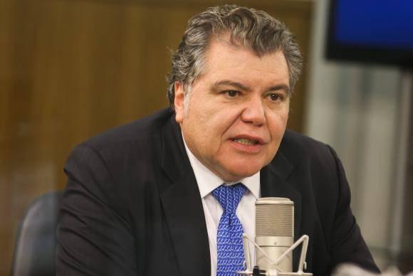 Brasília - O ministro do Meio Ambiente, José Sarney Filho, fala no programa A Voz do Brasil, sobre os projetos, ações e programas da pasta, que têm relação direta com o 8 Fórum Mundial da Água (Valter Campana