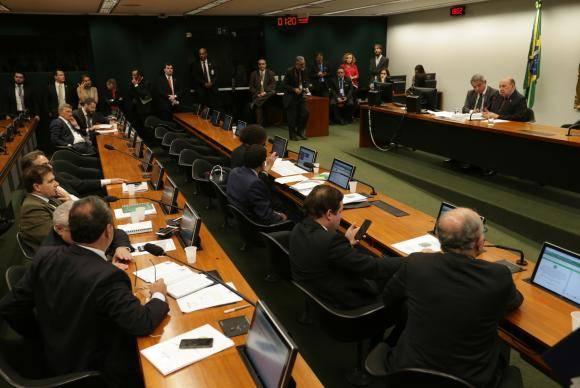 Brasília - Reunião de instalação da comissão especial criada para dar parecer ao Projeto de Lei 9.463/2018, que trata da desestatização da Eletrobras (Fabio Rodrigues Pozzebom/Agência Brasil)