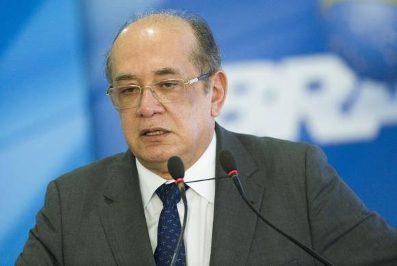 Brasília - O presidente do TSE, Gilmar Mendes, durante lançamento do Documento Nacional de Identificação (digital e biométrico), no Palácio do Planalto. (Marcelo Camargo/Agência Brasil)