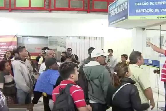 Trabalhadores à procura de emprego - Foto TV Brasil/Arquivo Agência Brasil