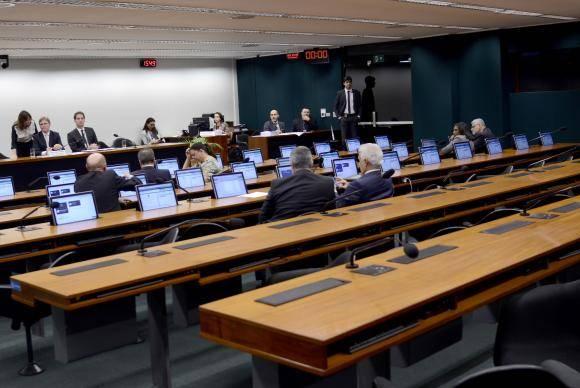 Brasília - A reunião da Comissão Mista de Orçamento foi cancelada por falta de quórum (Wilson Dias/Agência Brasil)