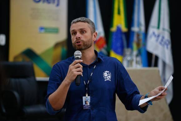 Rio de Janeiro - O prefeito de Barra Mansa, Rodrigo Drable, participa da segunda reunião do Observatório Legislativo da Intervenção Federal na Segurança Pública do estado do Rio de Janeiro (Tânia Rêgo/Agência Brasil)