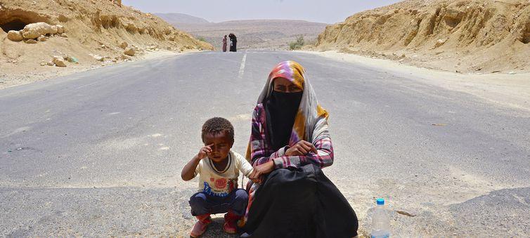 As condições dos migrantes e refugiados no Iêmen são extremamente precárias
