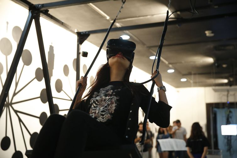 Exposição FILE – Festival Internacional de Linguagem Eletrônica no Centro Cultural do Banco do Brasil do Rio de Janeiro (CCBB/RJ), no centro do Rio.